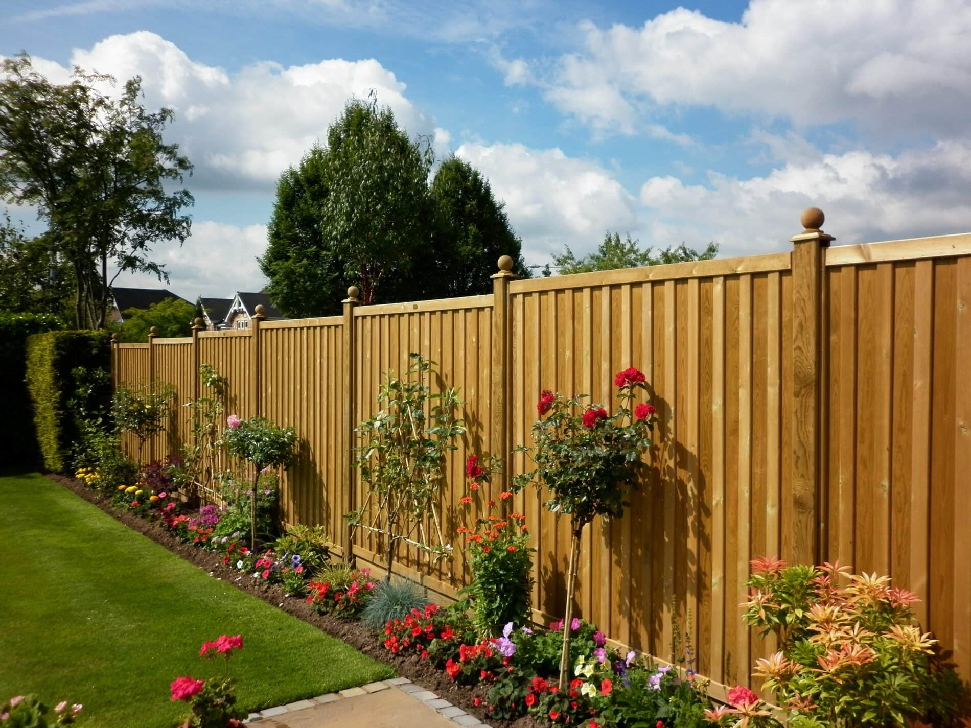 Fencing services in London