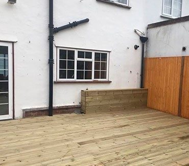 Construction of a decking